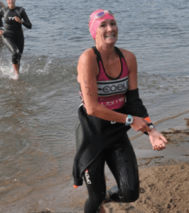 removing a wetsuit triathlon
