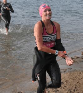 removing a wetsuit triathlon