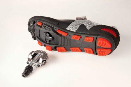 spd clip shoe cleat pedal